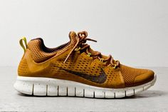 For all the free freakers in the sneakersphere, Nike comes through with the goods on this upcoming Free Powerlines+ II edition. Dipped in Almond Brown mesh and nubuck, the deep earthy tone is neatly accented with a subtle combination of mustard and maize yellow in the heel strap and Dynamic Flywire eyelet loops. Stay tuned …