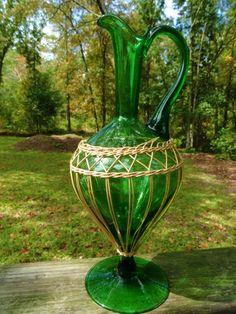 VTG MID Century Modern Green Raffia Wrapped Vino Ewer Art Glass Bottle Vase Jug