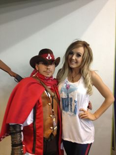 I was excited/nerviest to show Jessica my Assassin Creed cowboy #cosplay #bigwow #jessica Nigri