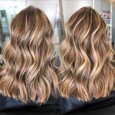 Hair Highlights - The Very Best And Easiest Advice In Hair Care Hair Color Balayage, Hair Highlights, Ombre Hair, Hair Day, Hair Looks, Hair Lengths, Dyed Hair, Hair Inspiration, Curly Hair Styles
