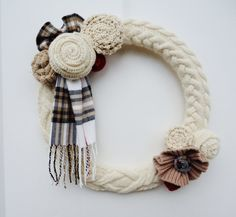Neutral Cable Knit Wreath Cream and Mocha Winter by nanniepannie
