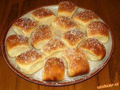 Buchty, koláče, šátečky, loupáčky Lidl, Pavlova, Hamburger, Bread, Program, Food, Brot, Essen, Baking