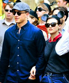 Ginnifer Goodwin & Josh Dallas (aka Snow and Prince Charming visiting their other royal friends in Disney World!!)