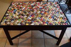 Tampo de mesa com tampinhas
