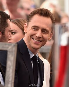 Tom Hiddleston at the star unveiling ceremony for actor John Goodman on the Hollywood Walk of Fame 10.3.2017 From http://tw.weibo.com/torilla/4084041672404271