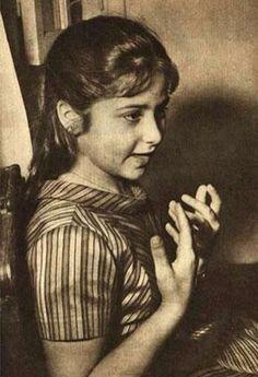 """وسي """"صافيناز قدري"""" وهي طفلة"""