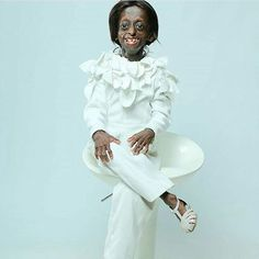 Ontlametse Phalatse undeterred and unbothered, is known by her sharp intellect, warm personality, brilliant ideas and her determination.