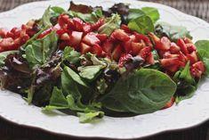 Balsamic Marinated Strawberry Salad