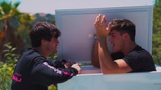 this was so cute when ethan was just comforting grayson aww ❤️ Ethan Dolan, Grayson Dolan, Bts Theory, Dollan Twins, Happy Pills, Celebs, Celebrities, We The People, Make Me Smile