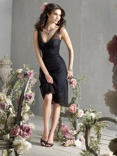 Sheath/Column V-neck Sleeveless Knee-length Tulle Party Dress #VJ415