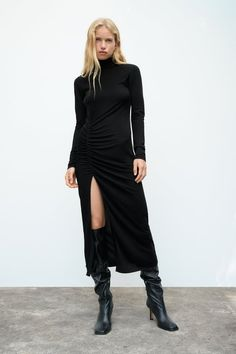 Black Suede Boots, Double Breasted Jacket, Leather Blazer, Going Out Dresses, Fall Looks, Zara Dresses, Pencil Dress, High Collar, Color Negra