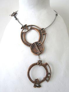 Girocollo in argento con ciondolo in bronzo di Loreart74 su Etsy