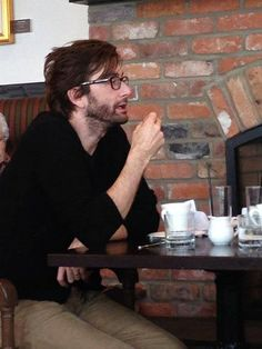 Tea or coffee? David Tennant on the Gracepoint set. February 11, 2014.