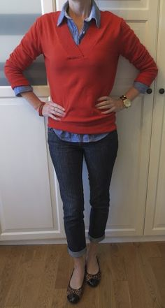Chambray shirt, pullover sweater, skinny jeans, flats outfit