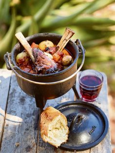 A lamb potjie can be made with whole shanks, neck chops or any other pieces marked for stewing. Lamb potjie: www. Braai Recipes, Oxtail Recipes, Lamb Recipes, Wine Recipes, Cooking Recipes, South African Dishes, South African Recipes, Ethnic Recipes, Kos