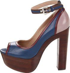 Pour La Victoire Garcia Platform Sandal