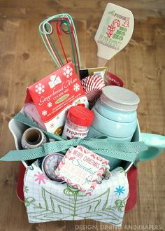 Building the perfect gift basket + free gift tag printable/ i would die to get this!!!/eb