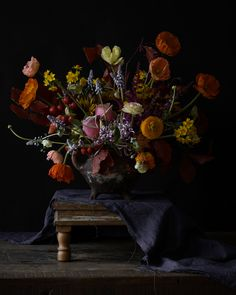 Floral still life by Aiala Hernando Photography