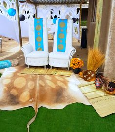 Turquoise blue Venda traditional wedding decor - bride and groom chairs at Shong. - Turquoise blue Venda traditional wedding decor – bride and groom chairs at Shonga Events - Wood Wedding Signs, Wedding Table Numbers, Rustic Wedding, Traditional Wedding Decor, African Traditional Wedding, Wedding Decorations For Sale, Wedding Ideas, Zulu Wedding, Diy Outdoor Weddings