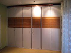Folierung eines Hülsta Kleiderschranks. Divider, Room, Furniture, Home Decor, Bedroom, Decoration Home, Room Decor, Rooms, Home Furnishings