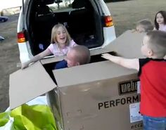 Returning military dads surprise kids