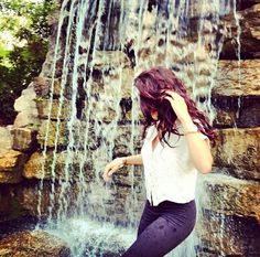 Find images and videos about girl on We Heart It - the app to get lost in what you love. Girl Photo Poses, Girl Photography Poses, Girl Photos, Girls Dp Stylish, Stylish Girl Images, Beautiful Suit, Beautiful Girl Image, Cute Couple Sketches, Girl Hiding Face