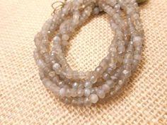 AAA-Genuine-13-Beautiful-Grey-Moonstone-faceted-gemstone-rondelle-beads-3-5-4mm