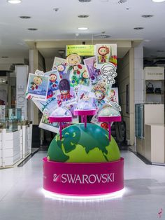 Swarovski visual merchandising Marketing Jazz 02 Swarovski visual merchandising by Marketing Jazz, Spain