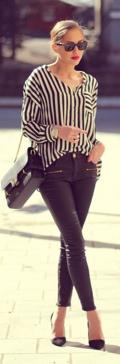 have the black and white striped top and dark skinnies + black purse. just need      simple black flats and black glasses