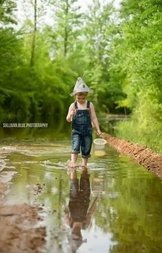 Photography Poses For Boys Hats 29 Best Ideas Little Boy Photography, Children Photography Poses, Fishing Photography, Toddler Boy Photography, Little Boy Pictures, Baby Pictures, Boy Photo Shoot, Photo Shoots, Poses Photo