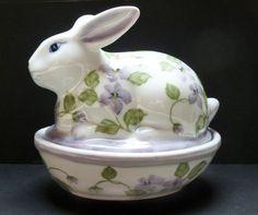 VINTAGE ANDREA BY SADEK RABBIT BUNNY TRINKET BOX~ Violets Jewelry Porcelain #AndreabySadek #Cottage