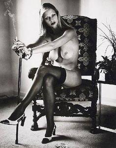 Nadja Kiss Naked 110