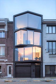 Mid-Century Modern Architecture Ideas | www.essentialhome.eu/blog | #midcentury #architecture #interiordesign