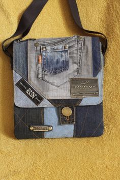 Одноклассники Denim Purse, Denim Jeans, Recycle Jeans, Boho Bags, Patchwork Bags, Summer Bags, Bag Making, Farmer, Purses And Bags