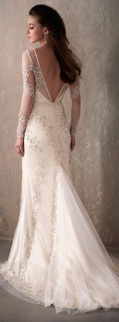 Long Sleeve Wedding Dress by Adrianna Papell Platinum | @HouseofWuBrands #AdriannaPapellPlatinum #AdriannaPapell #HouseofWu