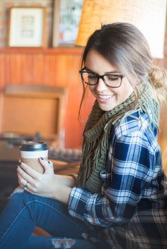 Cozy fall outfit - plaid and scarf
