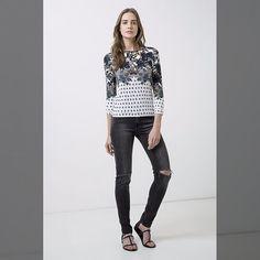 Visite meu site...   calça black rasgos de 25900 por... <3 GANHE MAIS DESCONTO ? CLIQUE AQUI!  http://imaginariodamulher.com.br/look/?go=2rvdrdL  #achadinhos #modafeminina#modafashion  #tendencia #modaonline #moda #instamoda #lookfashion #blogdemoda #imaginariodamulher