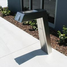 The beauty of this fountain is the minimalistic approach to the design. Urban Fountains and Furniture shows us that less really is more with the Apollo 900.