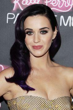 Katy Perry Retro Hairstyle - Retro Hairstyle Lookbook - StyleBistro
