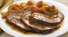 McCormick's Bag 'n Season® Pot Roast Recipe: Savor the homemade taste of tender pot roast and vegetables. The roasting bag makes the clean up quick and easy. Pot Roast Recipes, Meat Recipes, Food Processor Recipes, Cooking Recipes, Low Sodium Recipes, Greek Cooking, Greek Recipes, No Cook Meals, I Foods