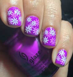 Colores de Carol: Mothers Day Nails check out www.ThePolishObsessed.com for more nail art ideas.