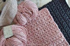 Hæklet karklud med stjerner Free Crochet, Knit Crochet, Chrochet, Beautiful Crochet, Merino Wool Blanket, Baby Knitting, Diy Clothes, Crochet Projects, Needlework