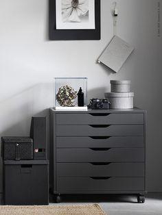 Workspace - Ikea Alex Desk - selected by La Chaise Bleue Ikea Inspiration, Design Inspiration, Ikea Office, Office Decor, Ikea Workspace, Office Interior Design, Office Interiors, Ikea Interior, Corporate Interiors