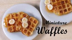 Realistic Miniature Waffles - Polymer Clay Tutorial / Ideas for the new year - creations / arts and Fimo Polymer Clay, Crea Fimo, Polymer Clay Miniatures, Barbie Food, Doll Food, Tiny Food, Fake Food, Miniature Crafts, Miniature Food
