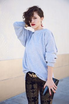 red lips w/ slouchy sweater #bloggerstyle find more women fashion on www.misspool.com