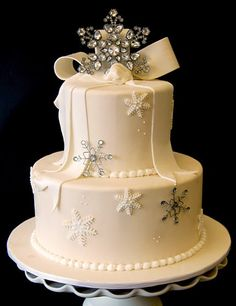 glam snowflake cake