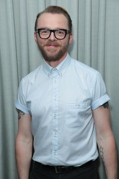 He Makes Me Smile, Make Me Smile, Simon Pegg, Stuff And Thangs, It Cast, Handsome, Men Casual, Mens Fashion, Mens Tops