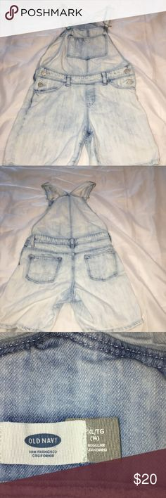 Old Navy Shorts Overall Bleach Wash These bleach washed Old Navy Overall shorts are in EUC. The inseam is approximately 6 inches. Catch the overall trend!!! Old Navy Jeans Overalls