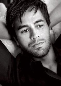 Enrique Iglesias hot!!!