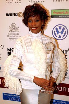 Whitney Houston Photos Photos - Zimbio